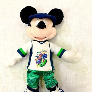 Mickey Mouse Plush 2009, sports outfit & cap